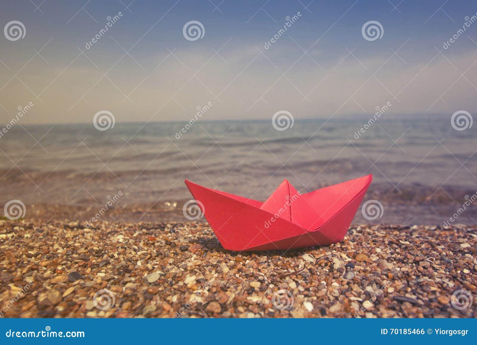 Vektor för plan för papper för origami för fartygorienteringstillverkning