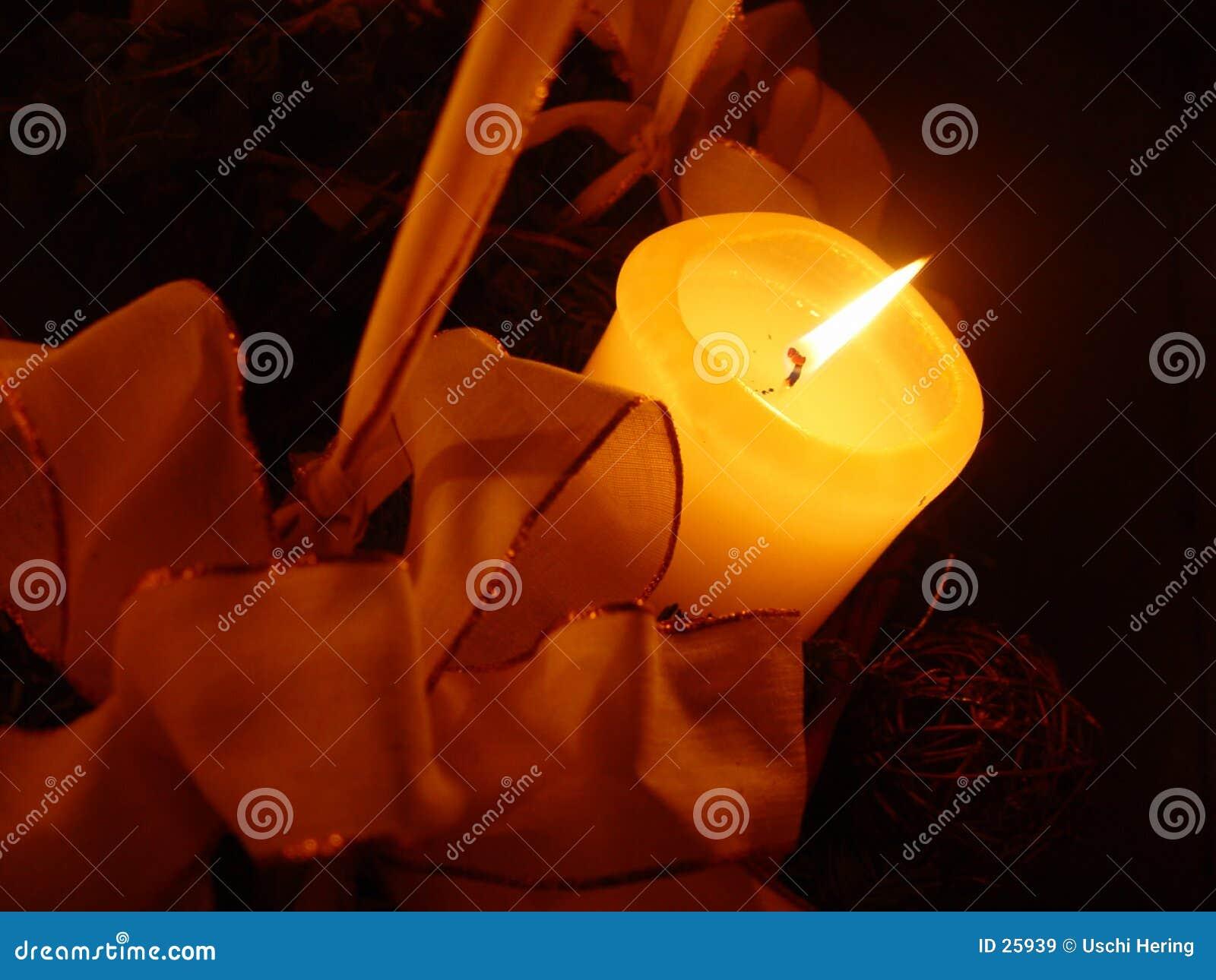 Download Vela de la Navidad imagen de archivo. Imagen de llamas, navidad - 25939