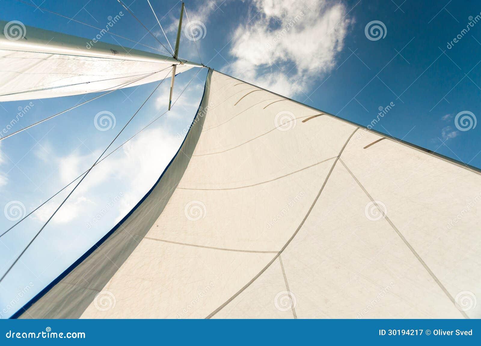 Vela de um barco de navigação