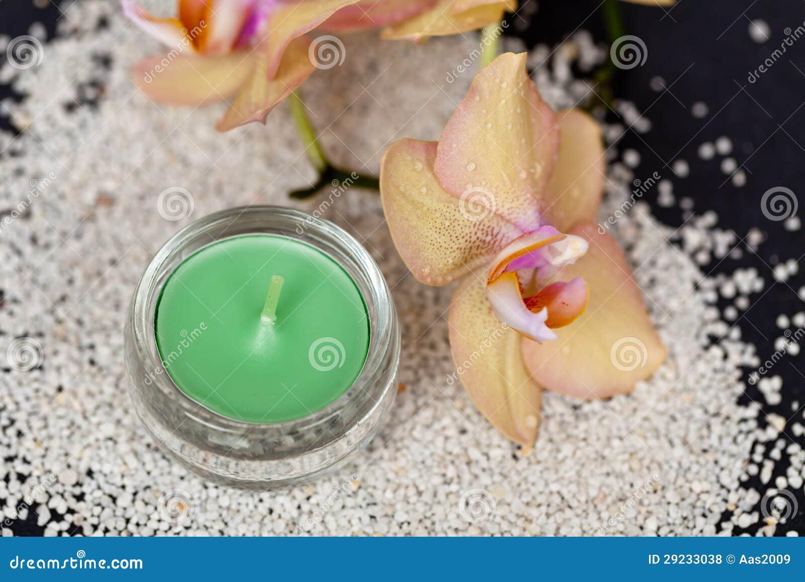 Download Vela e orquídea foto de stock. Imagem de aroma, planta - 29233038