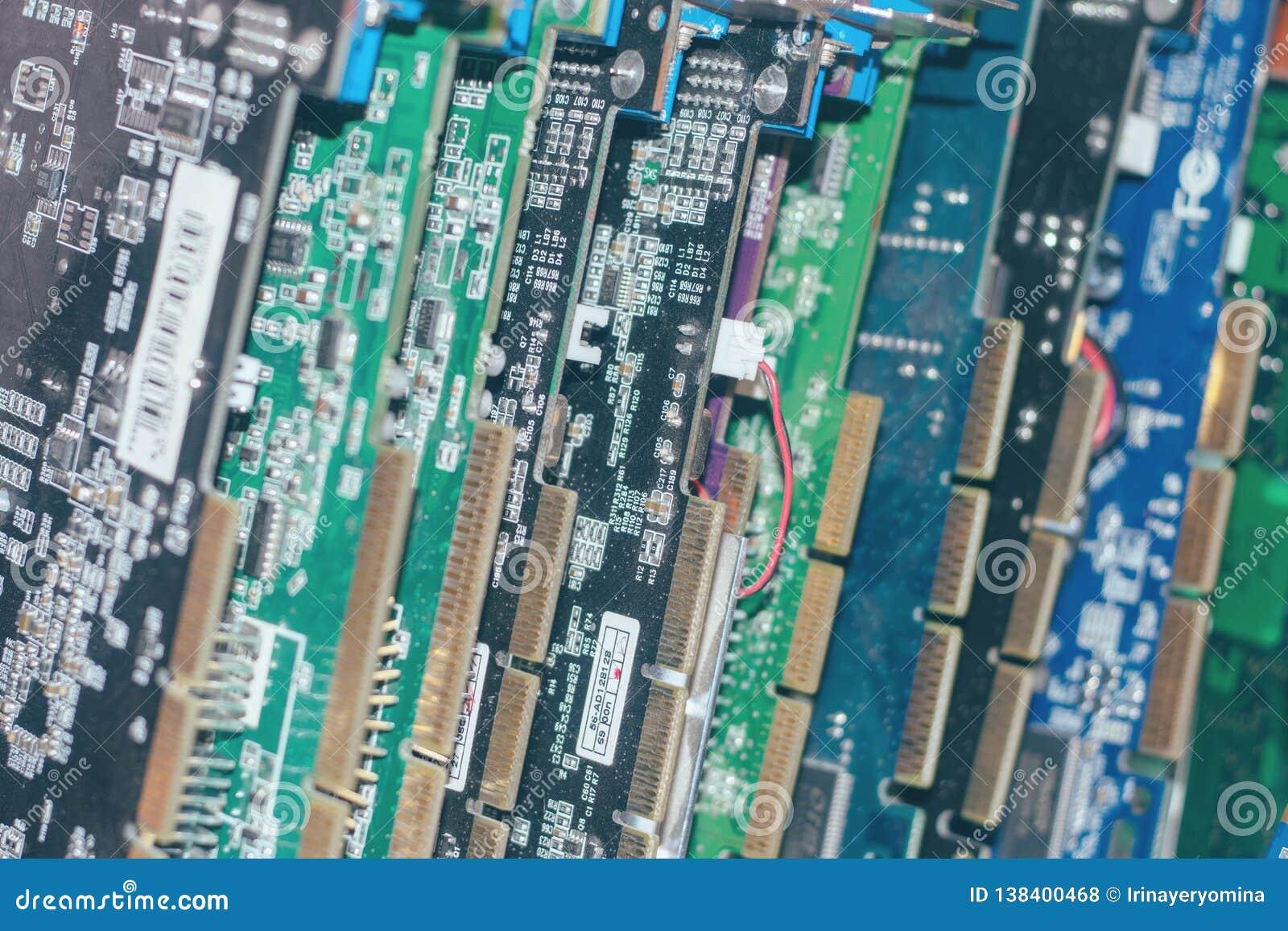 Vele Videokaarten De kaart en de Kringen van de computergrafiek: DVI, de schakelaars van de Vertoningshaven De achtergrond van de