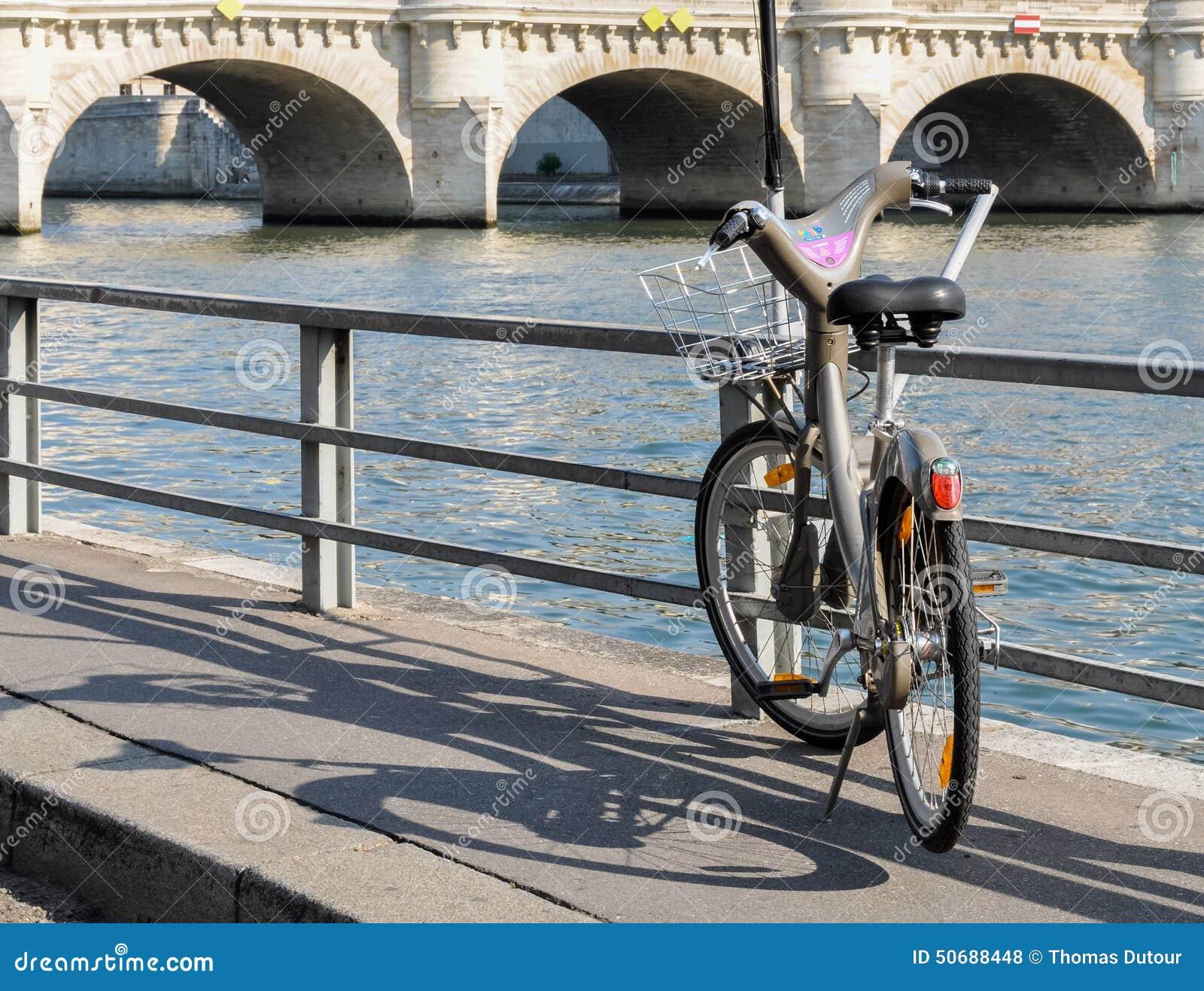 Download Velib在巴黎,法国 编辑类库存照片. 图片 包括有 通勤, 围网, 生态学, 比基尼泳装, 休闲, 聘用 - 50688448