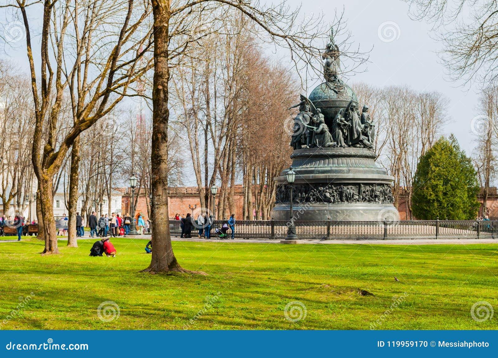 Kremlin, Veliky Novgorod: photos, excursions, address of sights 71