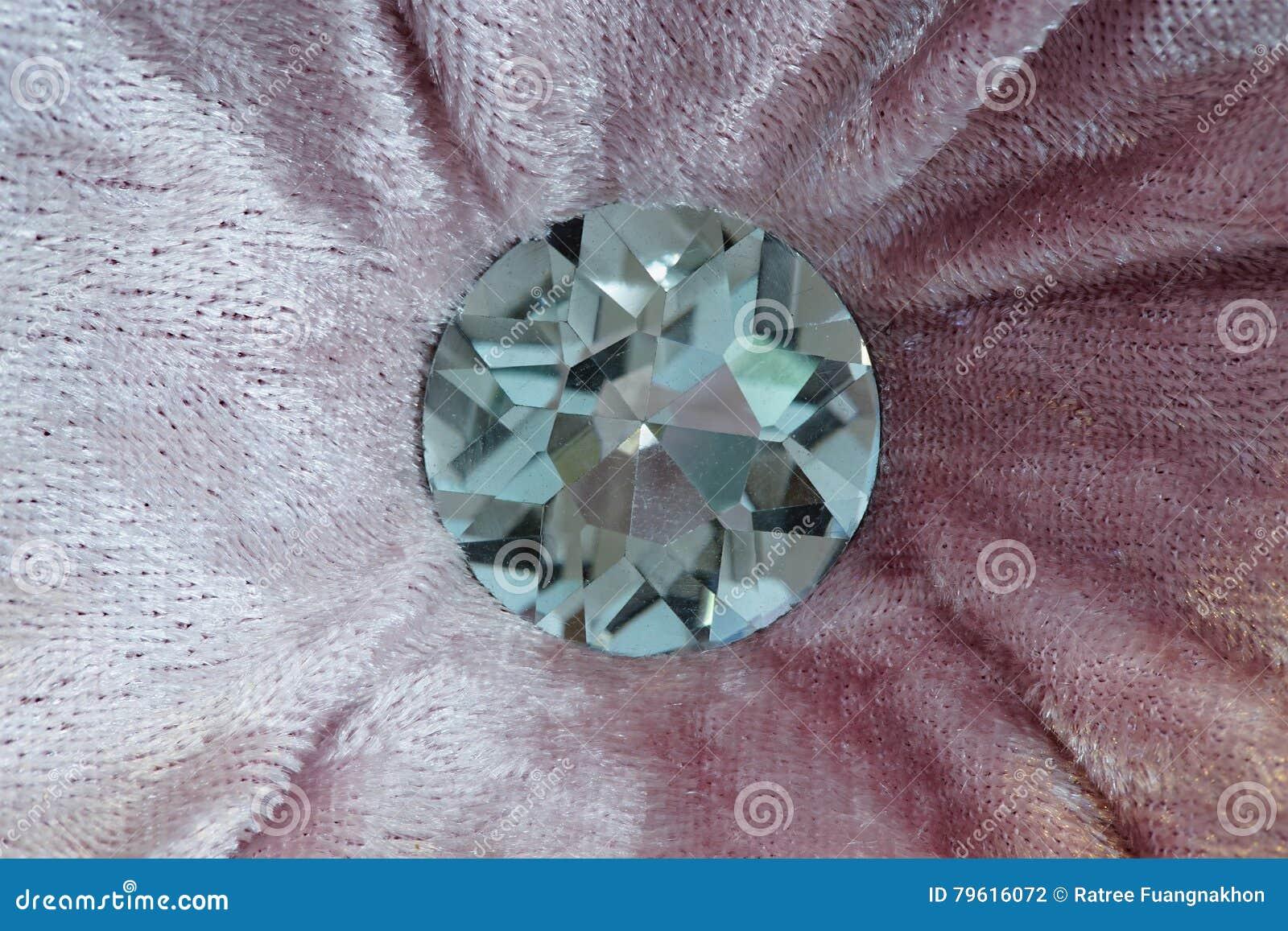 Veludo roxo com mobília do diamante