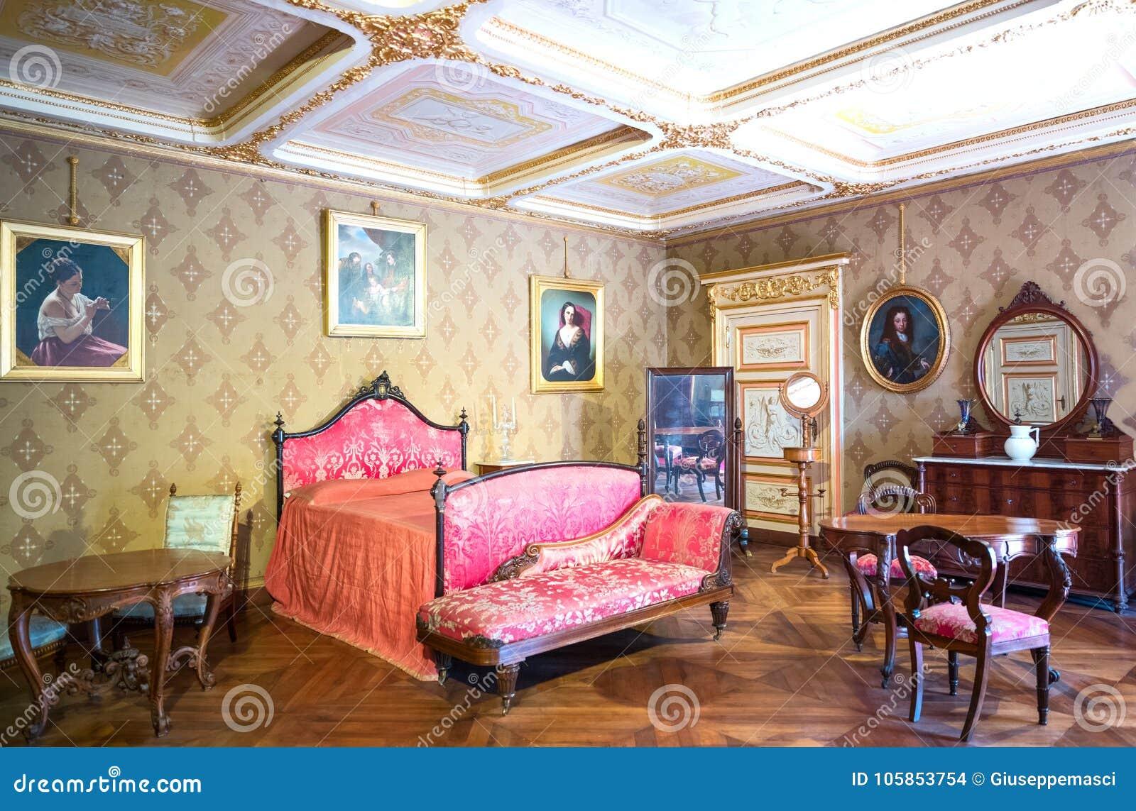 Superbe Venaria, Italy   May 21,2017: A Bedroom In The Royal Apartments Of La  Mandria Castle