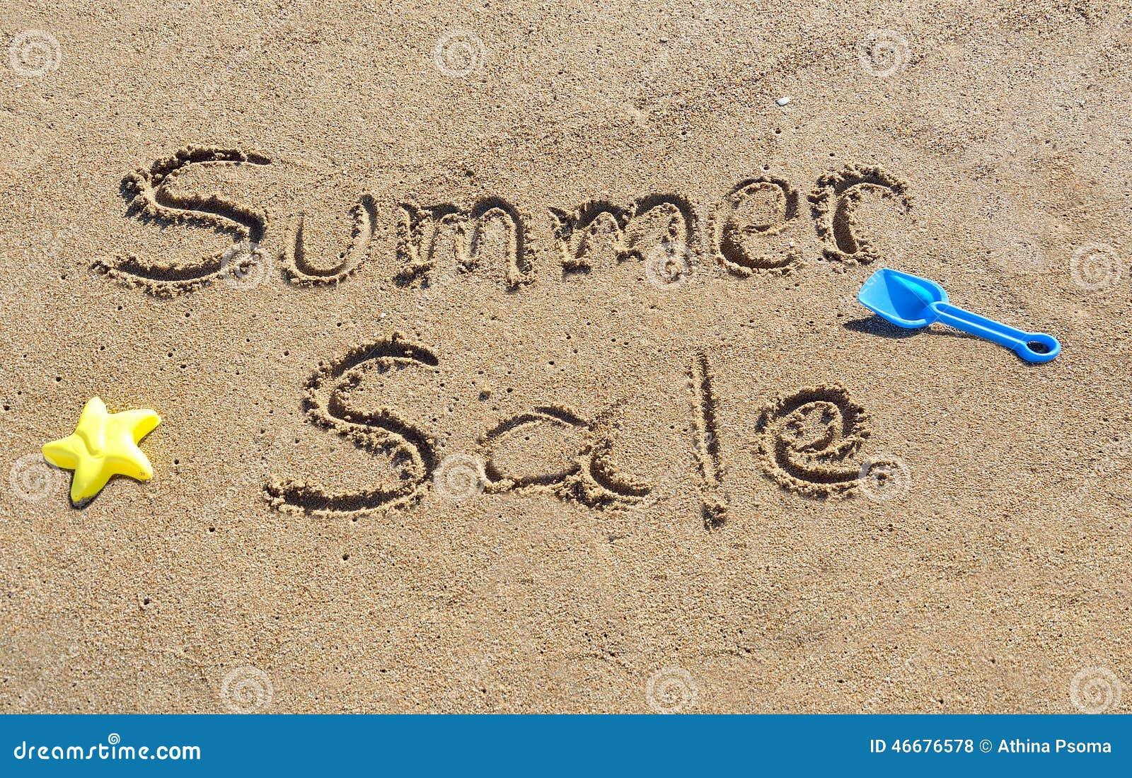 Venda do verão escrita na areia