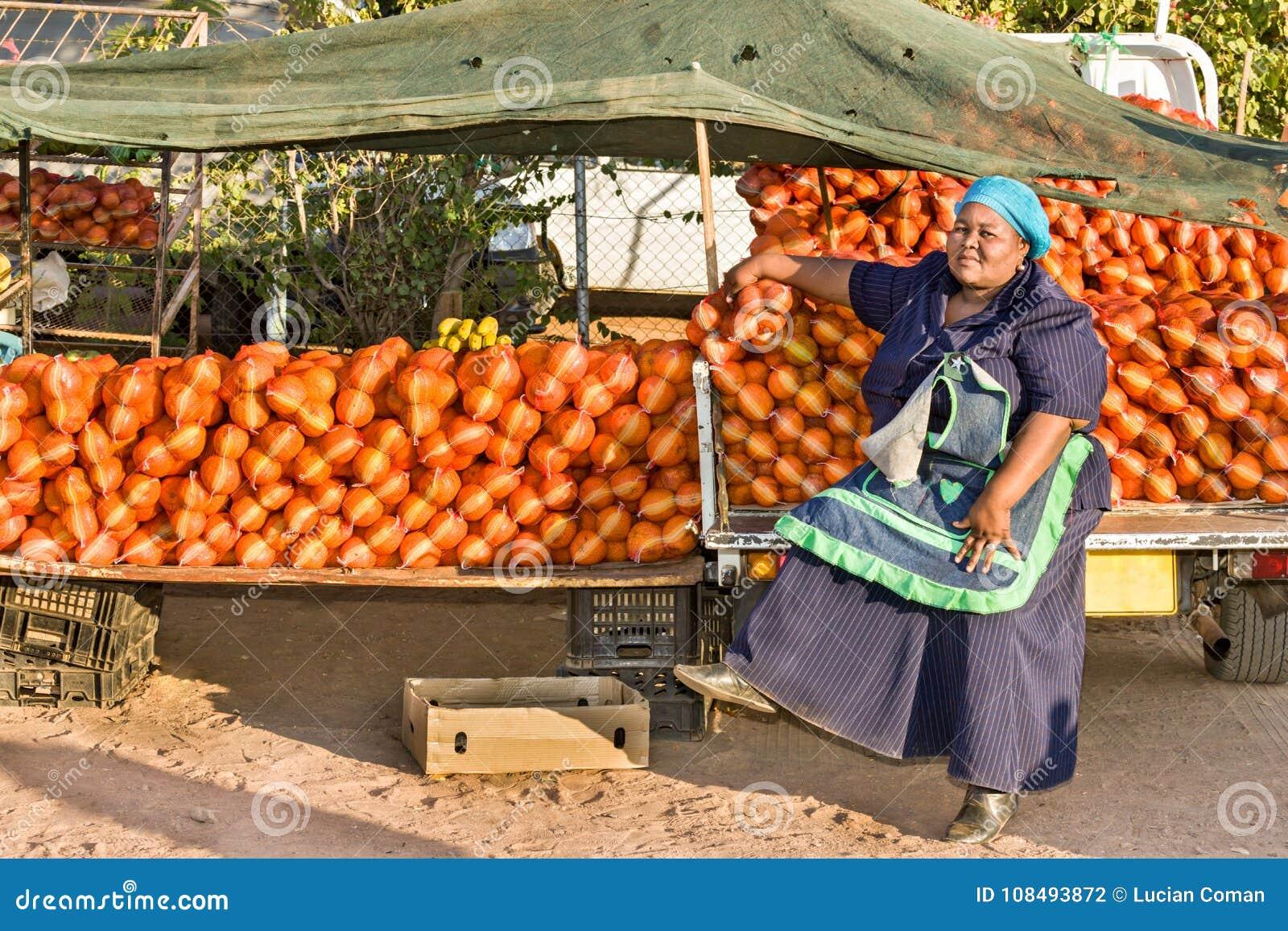 Vendedor ambulante africano