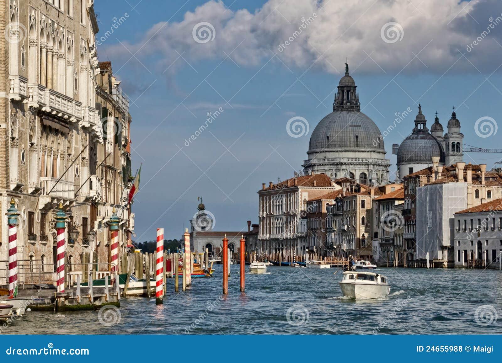 Venedig-großartiger Kanal