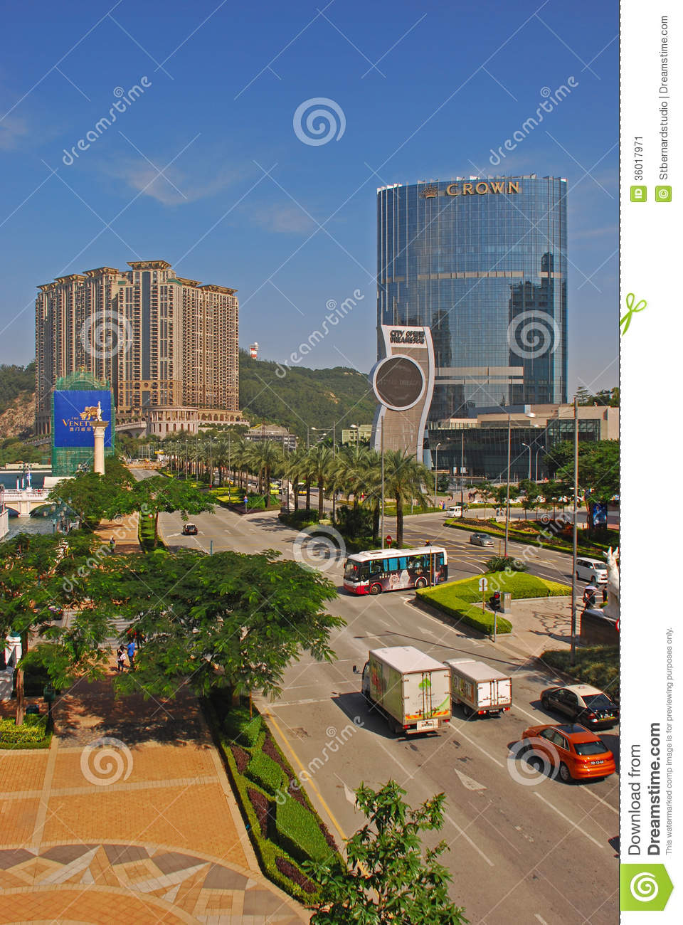 The Venetian And City Of Dreams Macau Casino With Crown