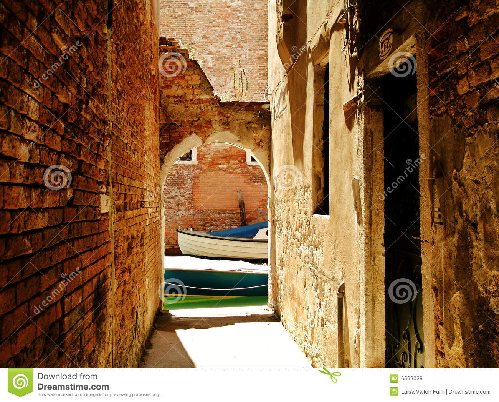 Veneza, passagem subterrânea