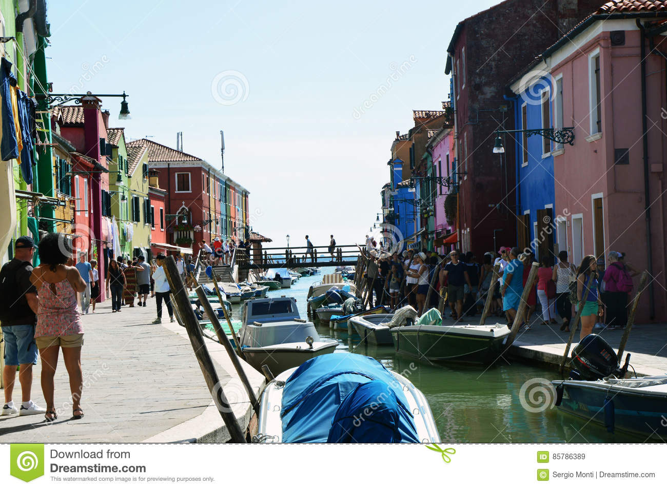 Colorful burano italy burano tourism - Venice Burano Full Of Tourists With Its Typical Colorful Houses Boats And Bridge On The