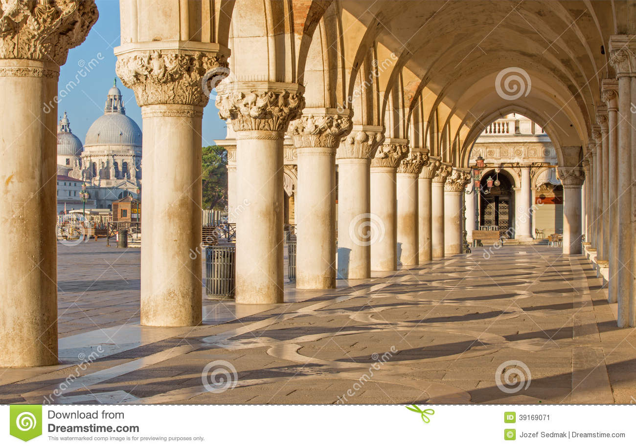 Venice exterior corridor of doge palace stock photo for Exterior background