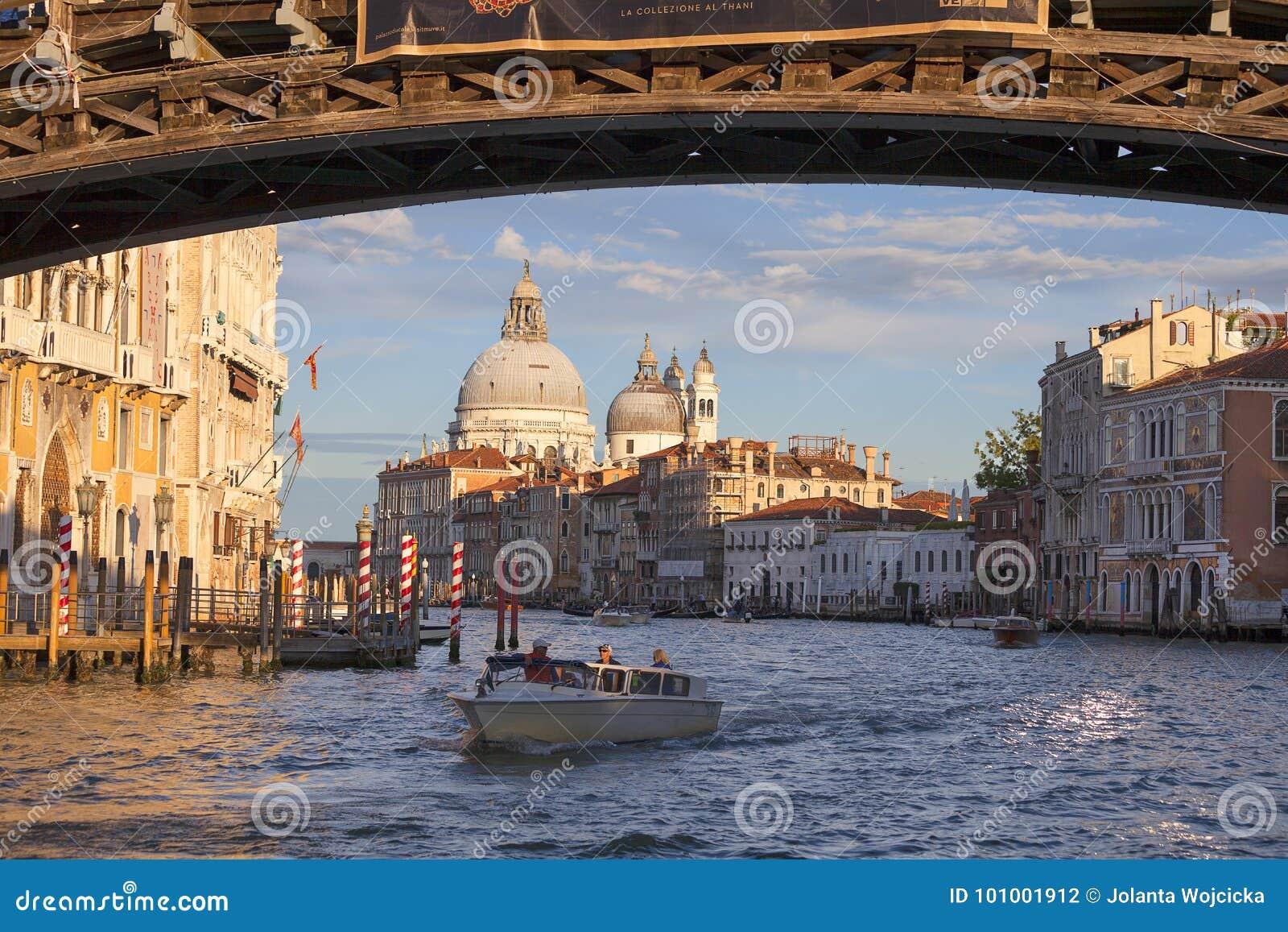Venice Grant Nude Photos 79