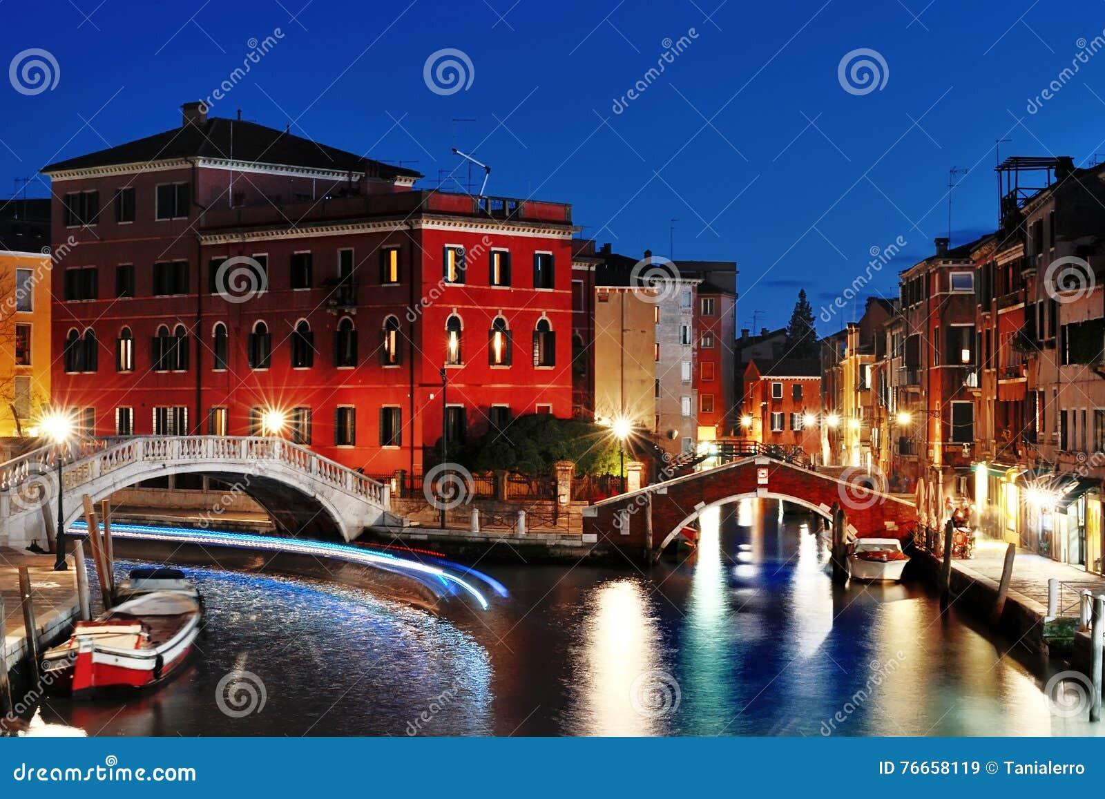 Venise par nuit, belle vue scénique, Venezia, Italie