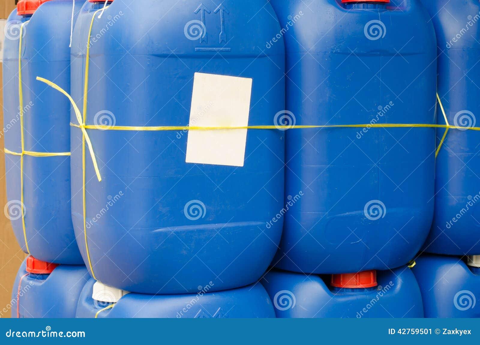 Venta del galón plástico azul