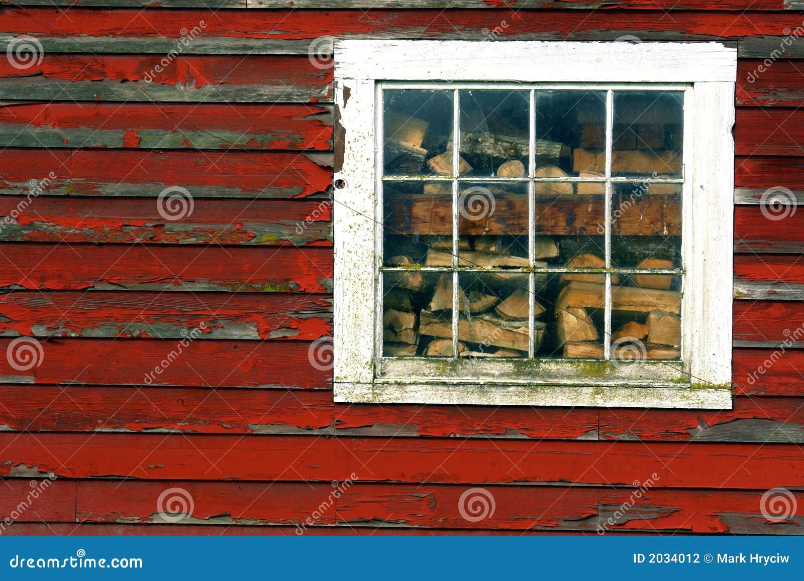 Ventana del granero foto de archivo. Imagen de leña, viejo - 2034012