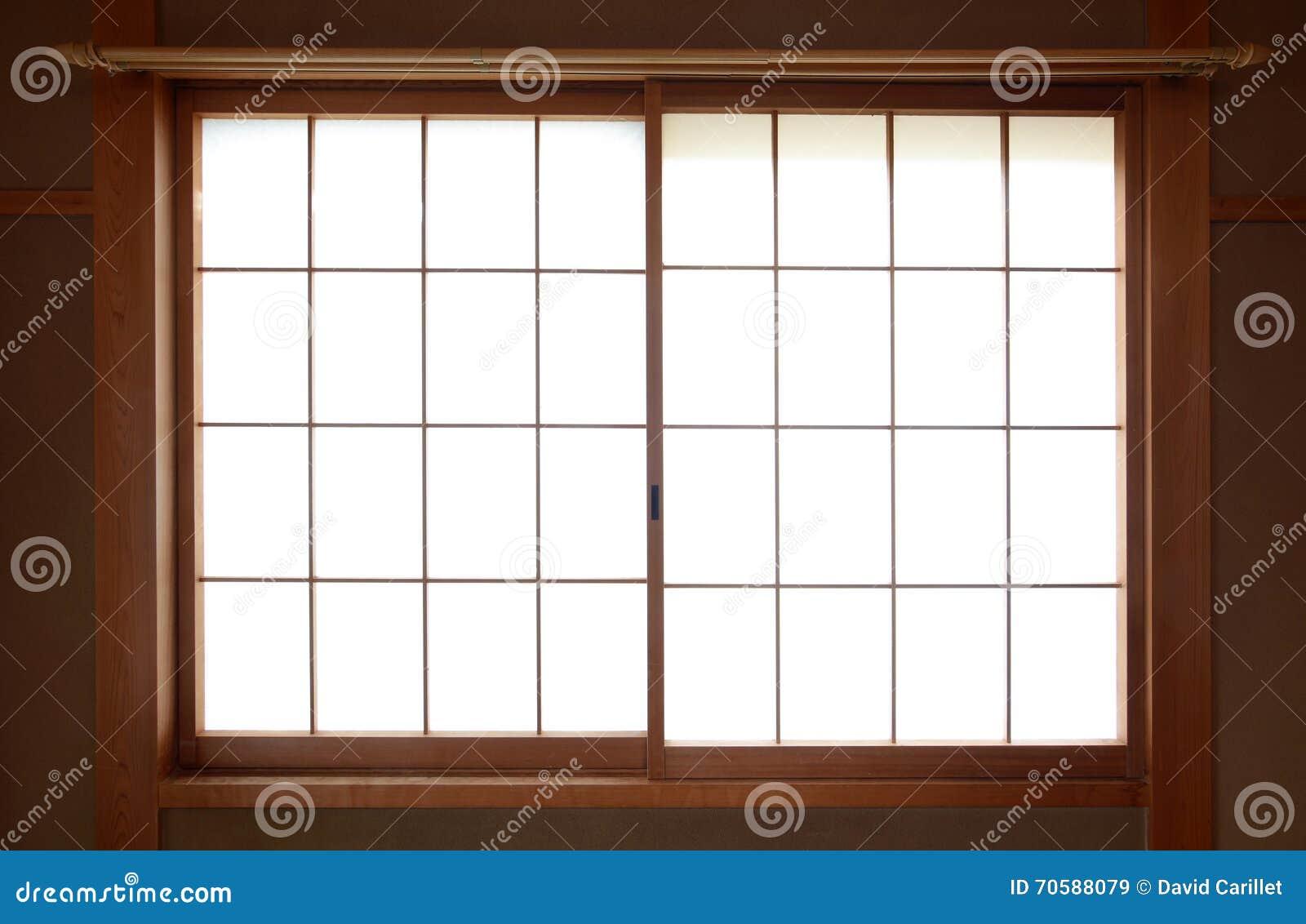 Ventana Japonesa Tradicional Del Papel De Arroz Con Deslizar El ...