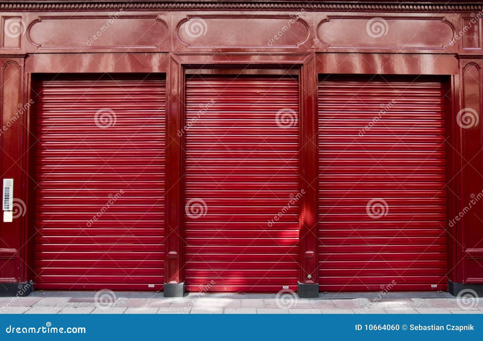 Ventana roja del departamento