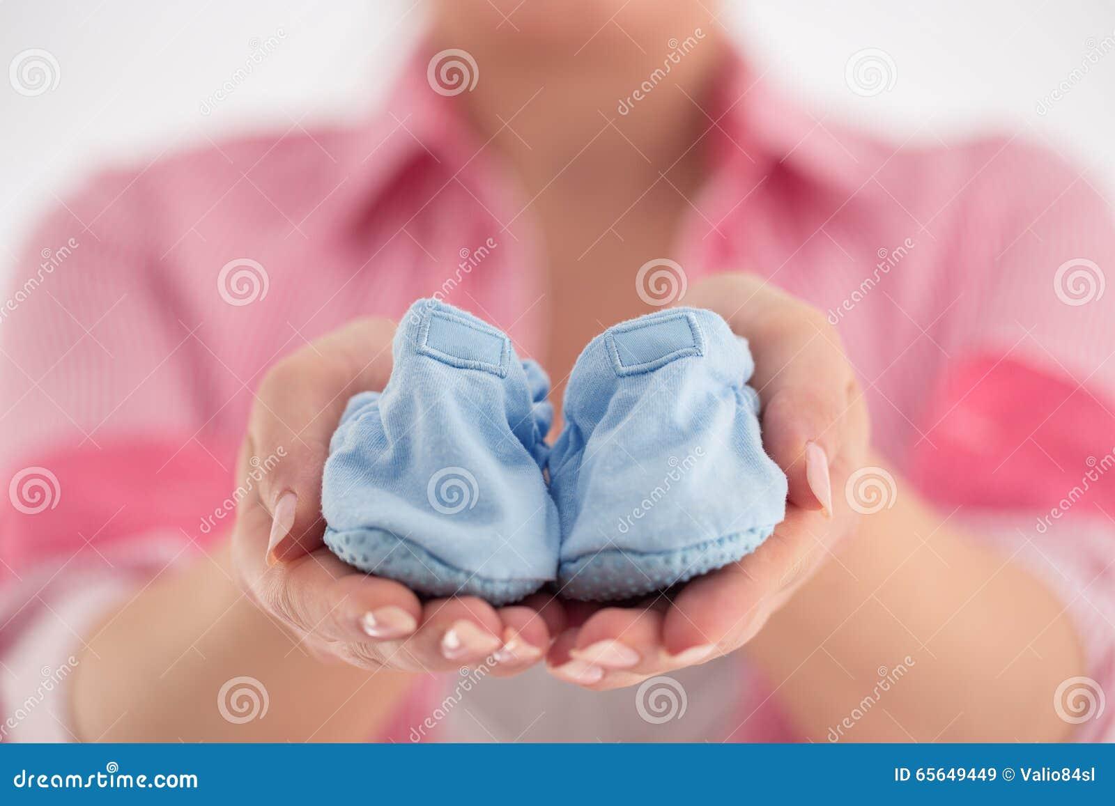 Ventre de femme enceinte Concept de grossesse Plan rapproché d un enceinte