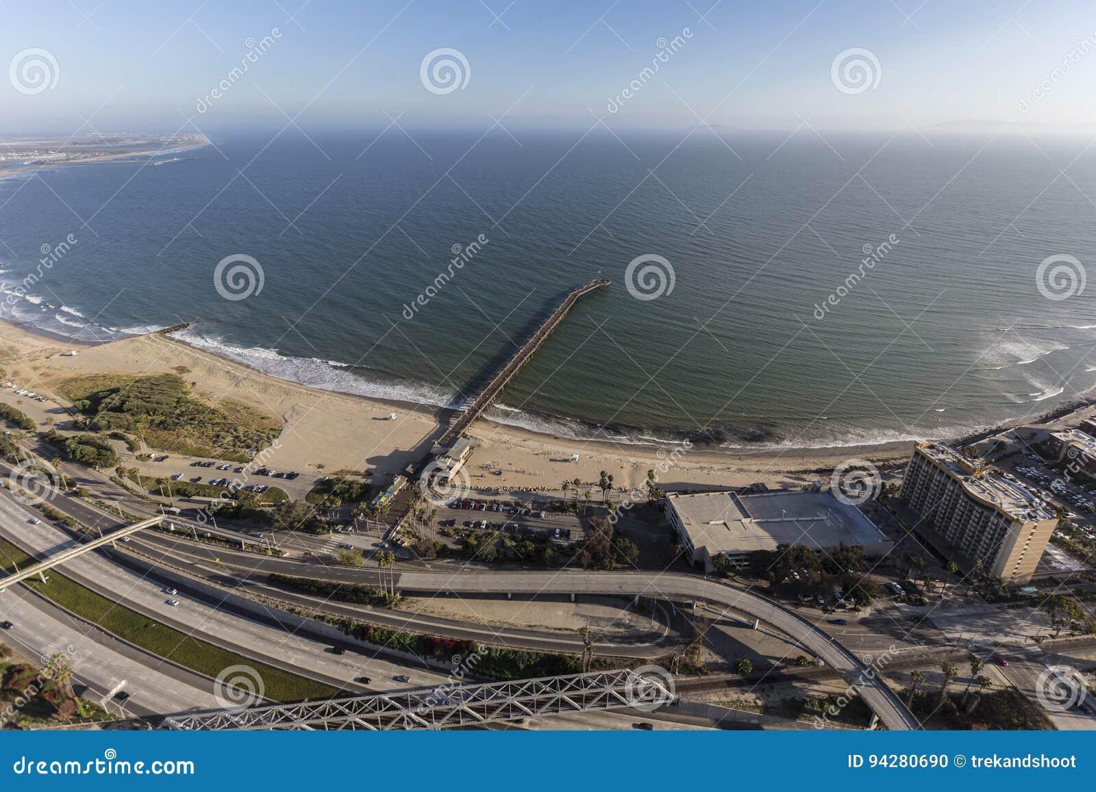 Ventura Pier und Autobahn in Süd-Kalifornien