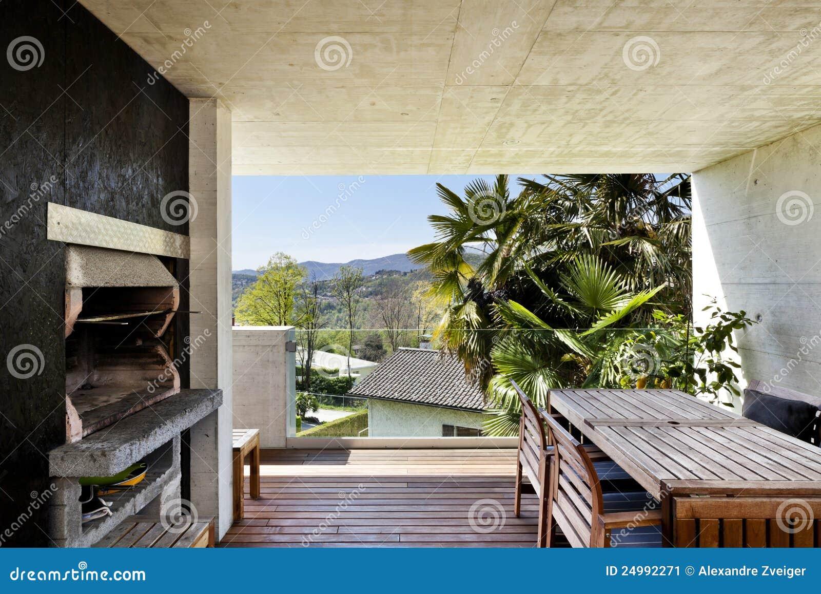 Veranda met open haard stock afbeelding afbeelding 24992271 - Veranda met muur ...