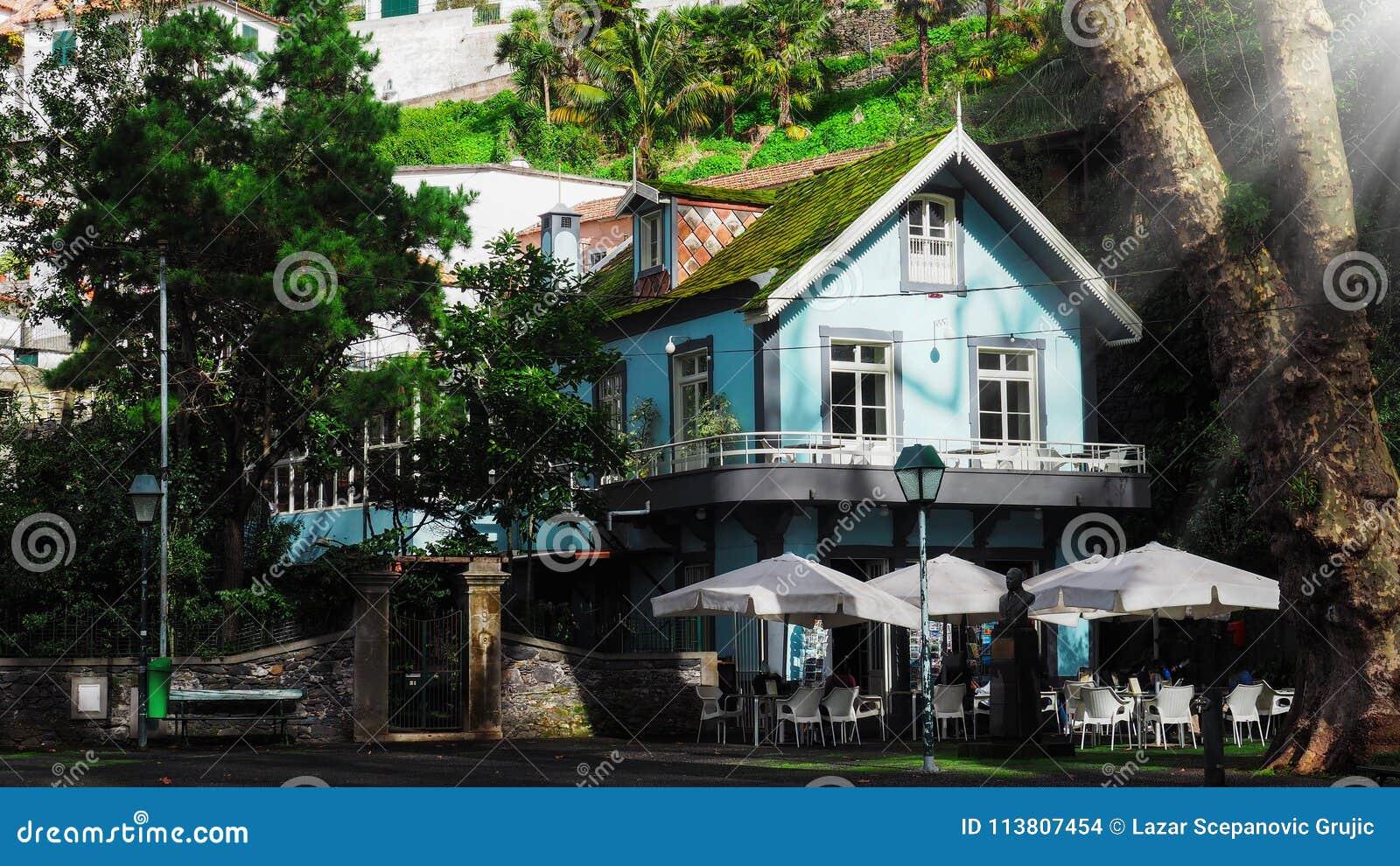 Verbazend groen huis, en architectuurstijl van Madera, Funchal
