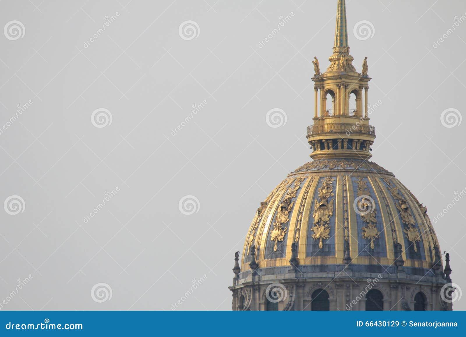 Verbo copulativo de DES Invalides de HÃ tel em Paris