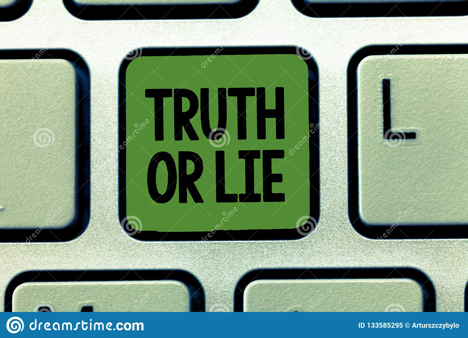 Verdade ou mentira do texto da escrita da palavra O conceito do negócio para a decisão entre ser dúvida bem escolhida desonesta h