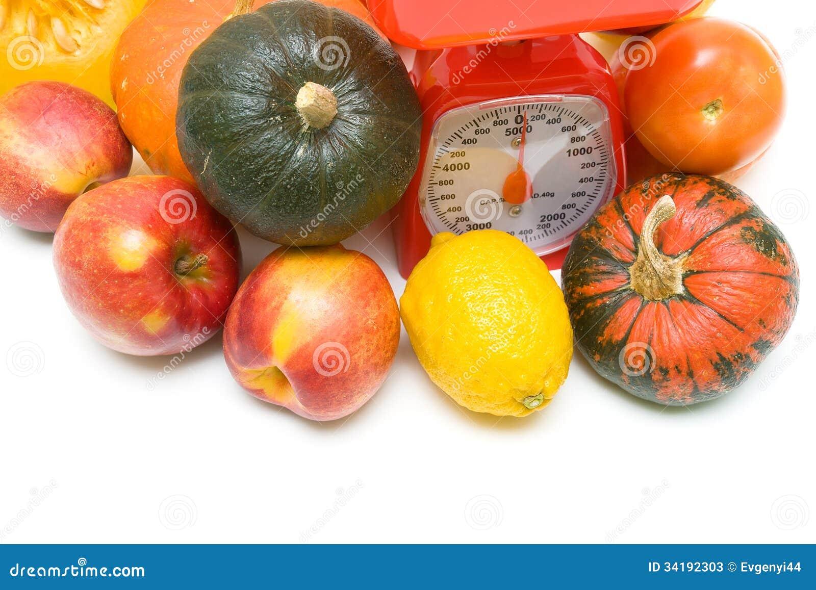Verduras frutas y primer de las escalas de la cocina for Maduras en la cocina