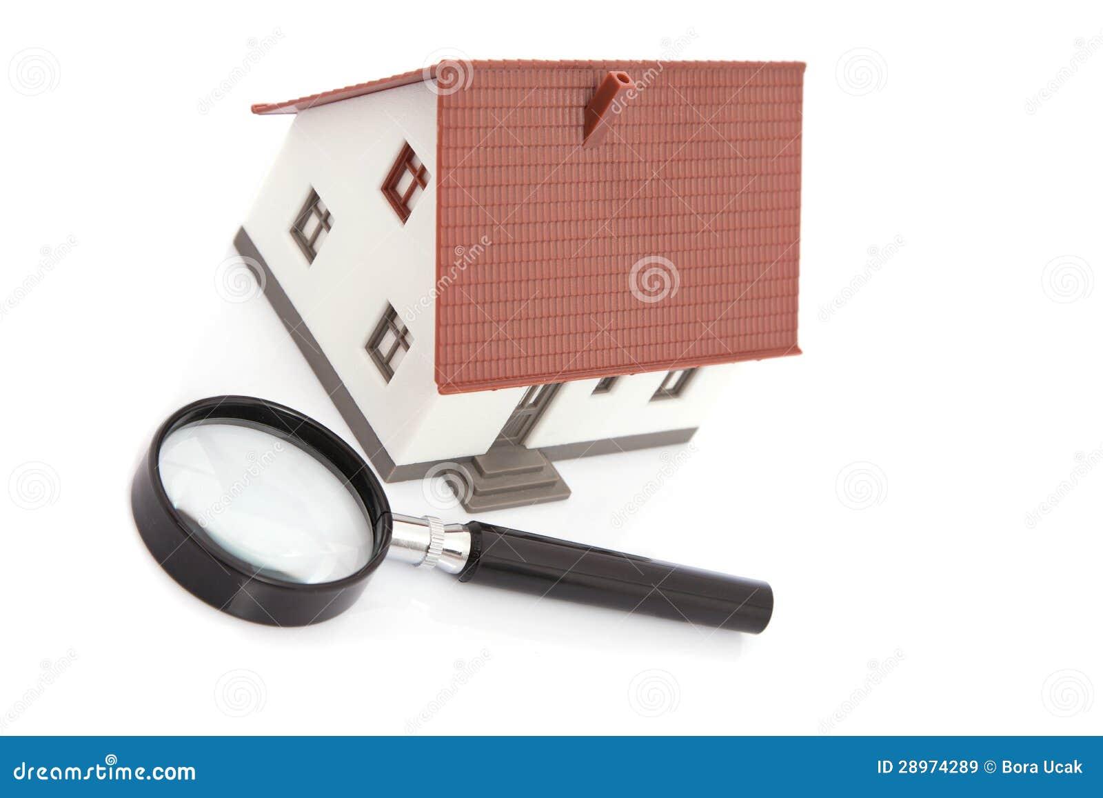 Vergrootglas met model van huis royalty vrije stock afbeeldingen beeld 28974289 - Model van huisarchitectuur ...