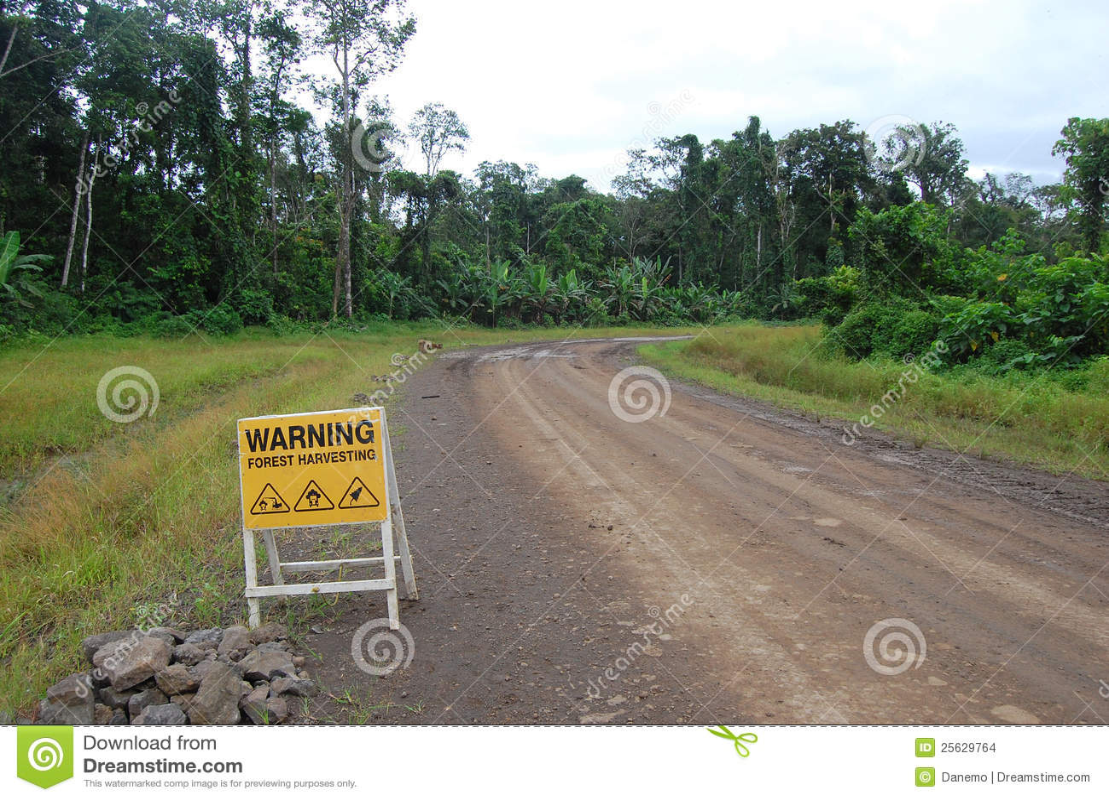 Verkeersteken op transportweg in Papoea-Nieuw-Guinea