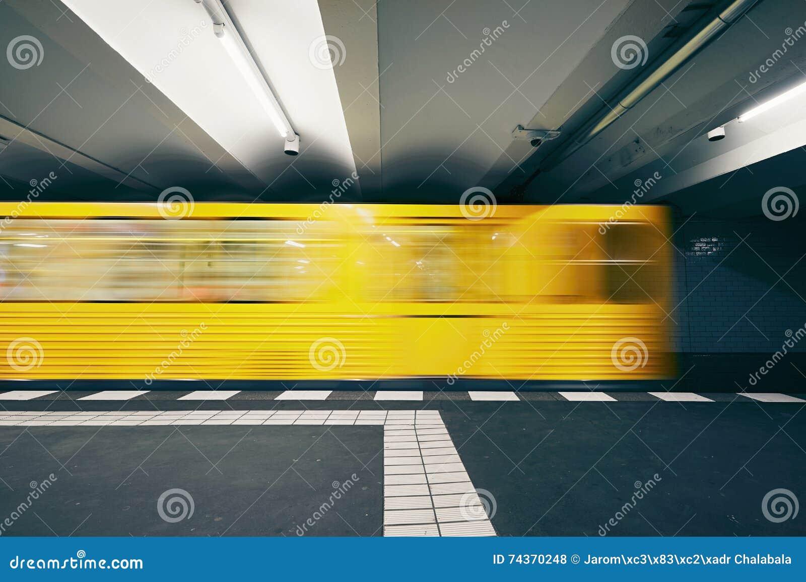Verkehr in der U-Bahn