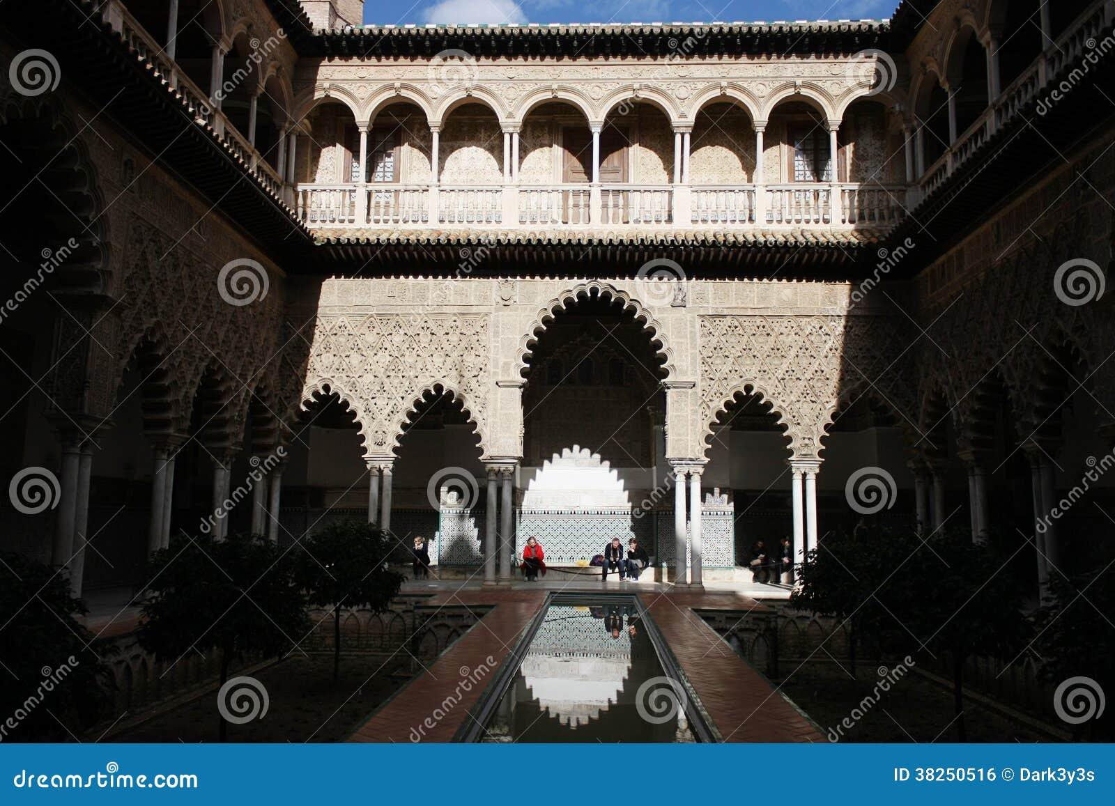 Verklig Alcazar i Sevilla, Spanien