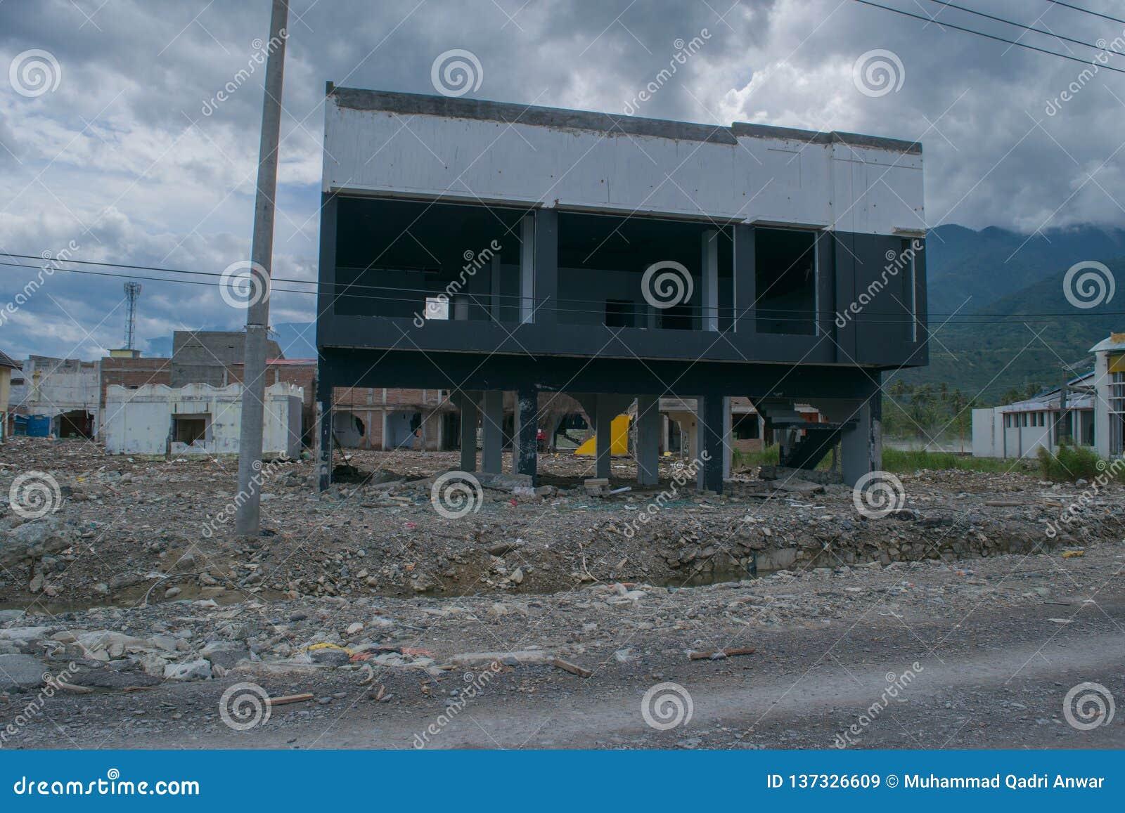 Verlassen über Tsunami Palu am 28. September 2018