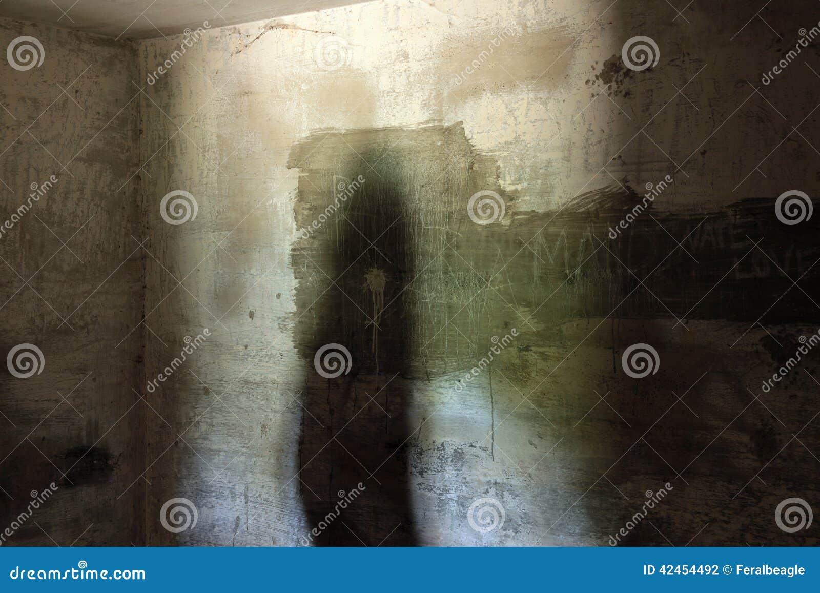 Verlassener konkreter Bunker