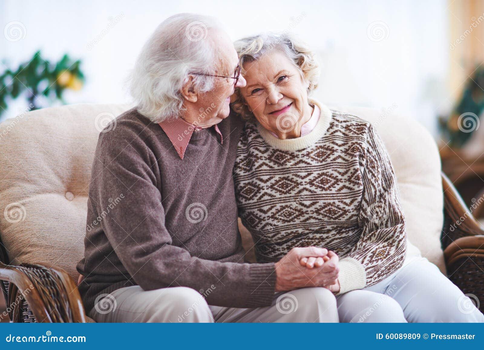 Partnersuche junge frauen ältere männer
