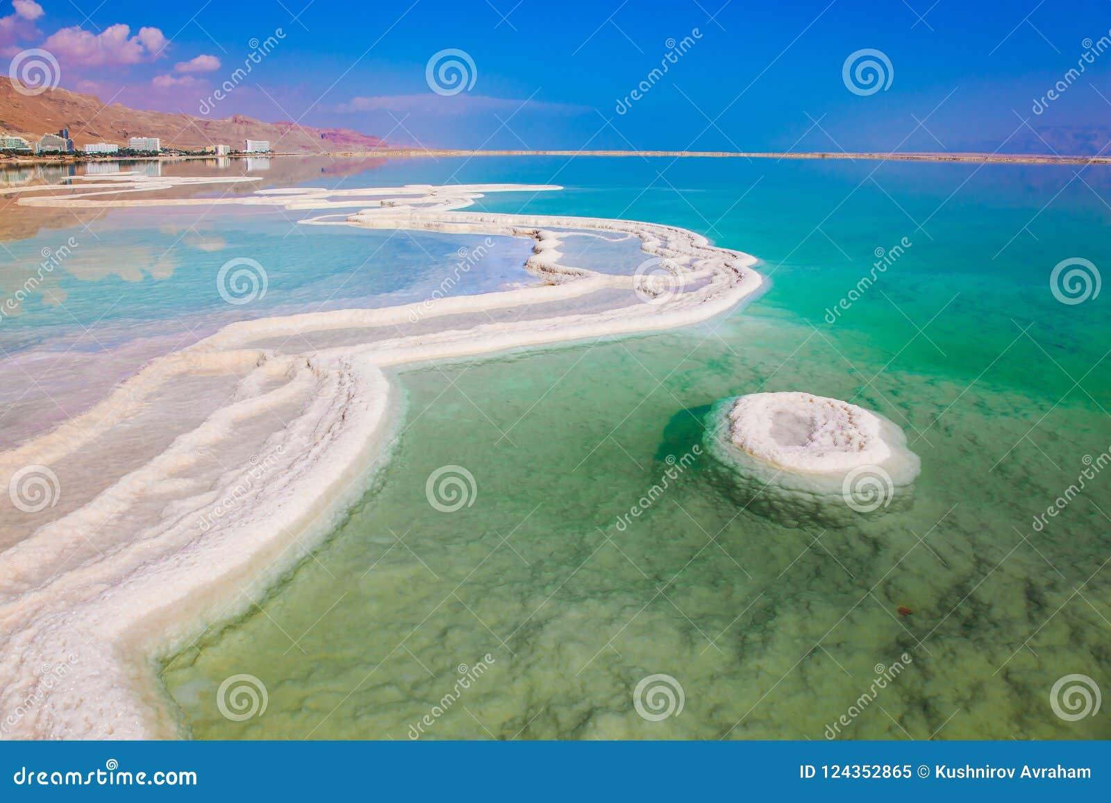 Verminderd water Het verdampte zout