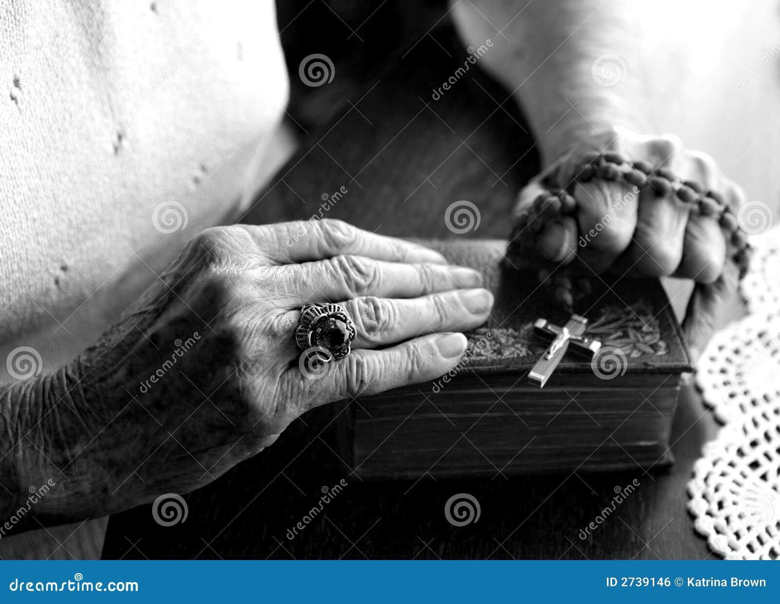 Vermoeide Oude Versleten Handen