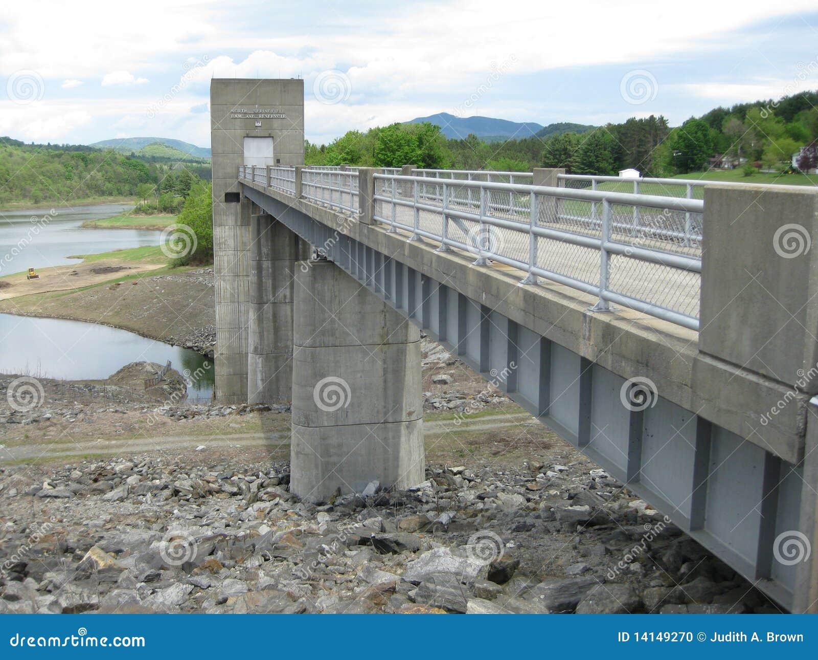 Vermont Dam Stock Photo Image 14149270
