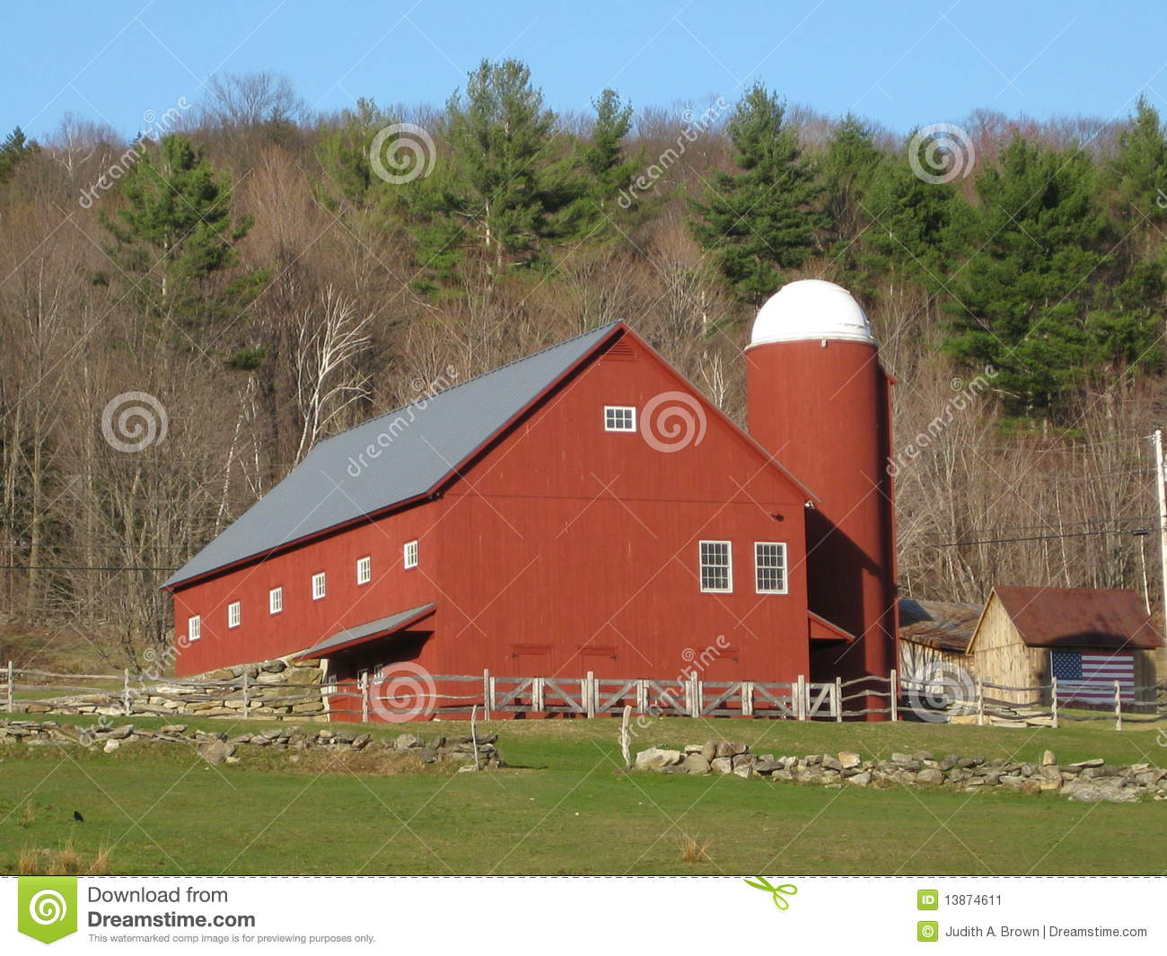 Vermont Red Barn Stock Image Image 13874611