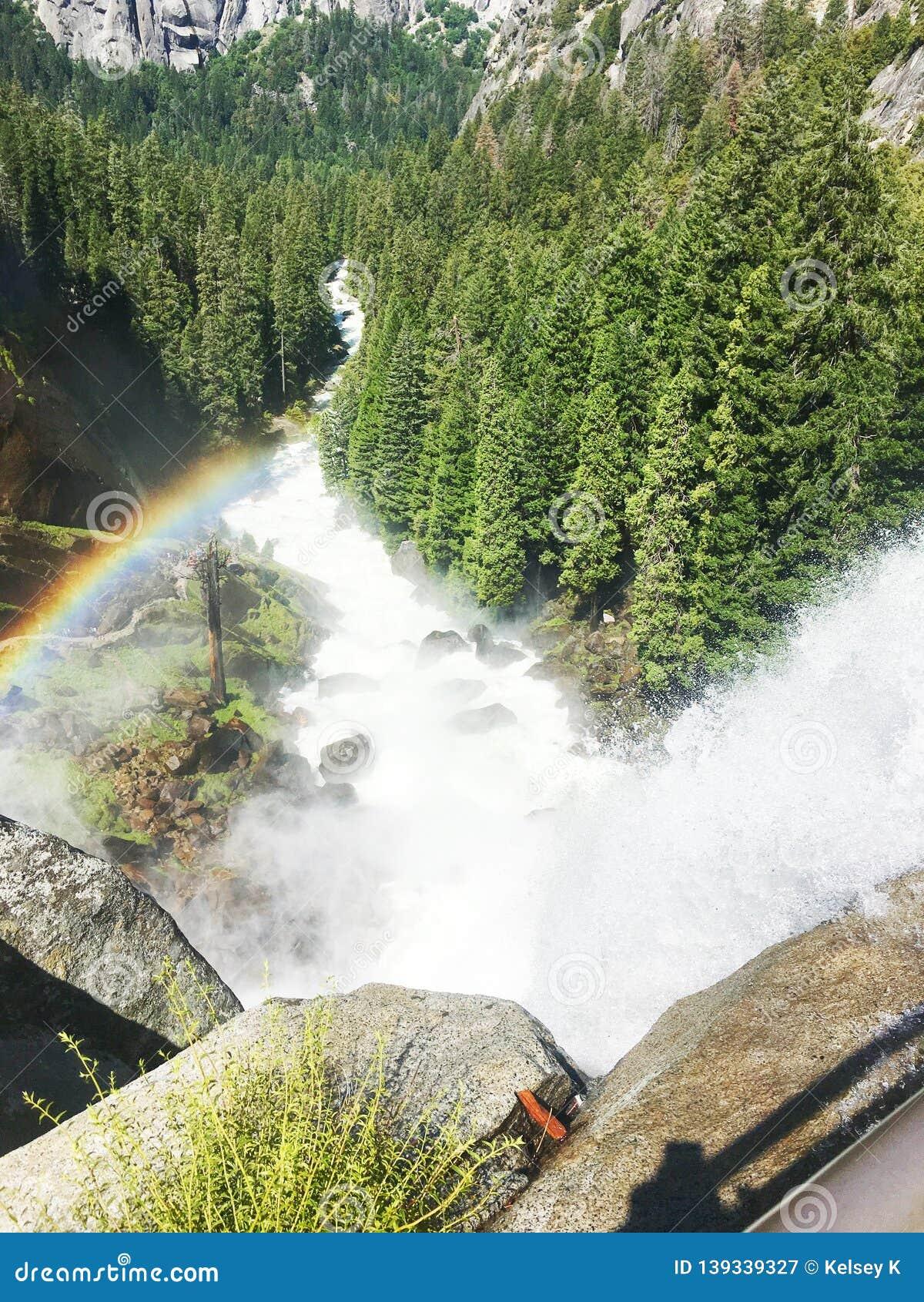 Vernal Falls Waterfall in Yosemite