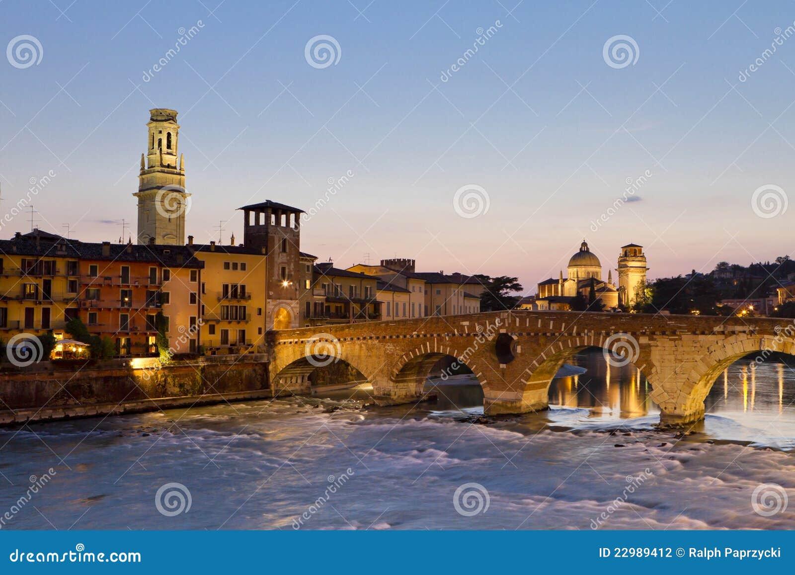 Verona al crepuscolo