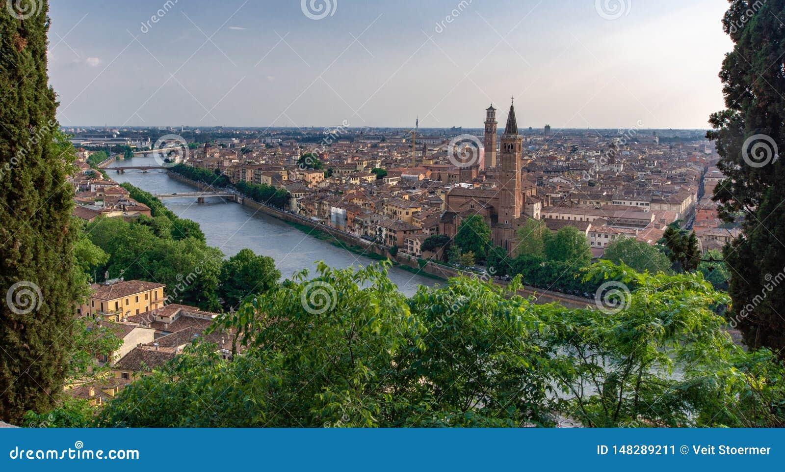 Verona van hierboven