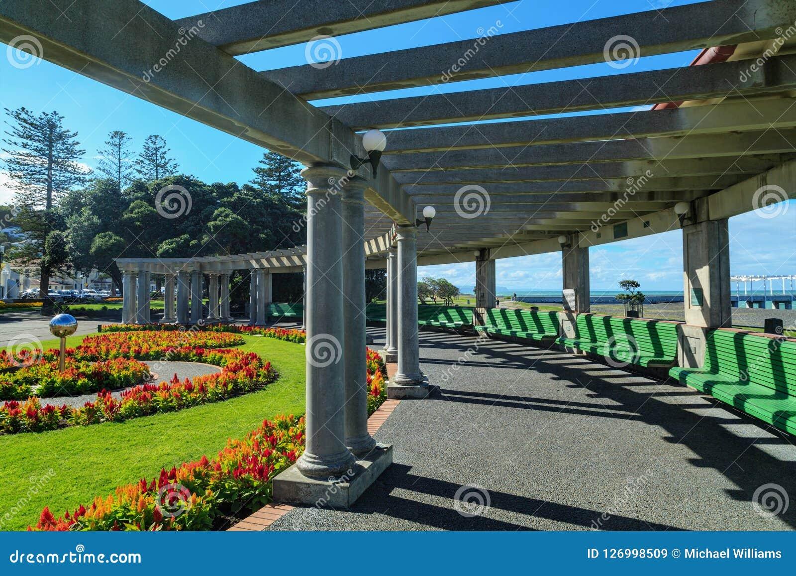 ` Veronica Sunbay ` in Marine Parade Park, Napier, Nieuw Zeeland