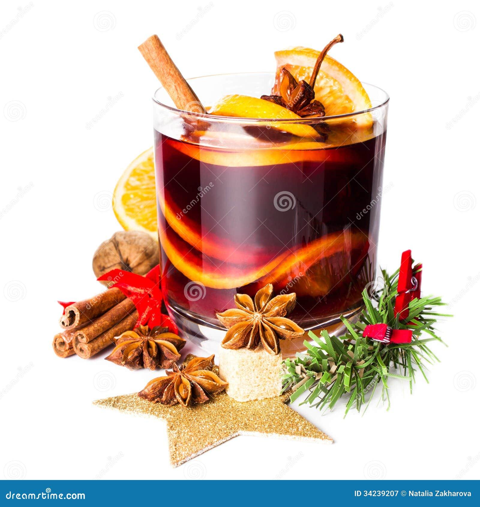verre avec du vin chaud rouge chaud pour l 39 hiver et le no l avec l 39 ora image stock image 34239207. Black Bedroom Furniture Sets. Home Design Ideas