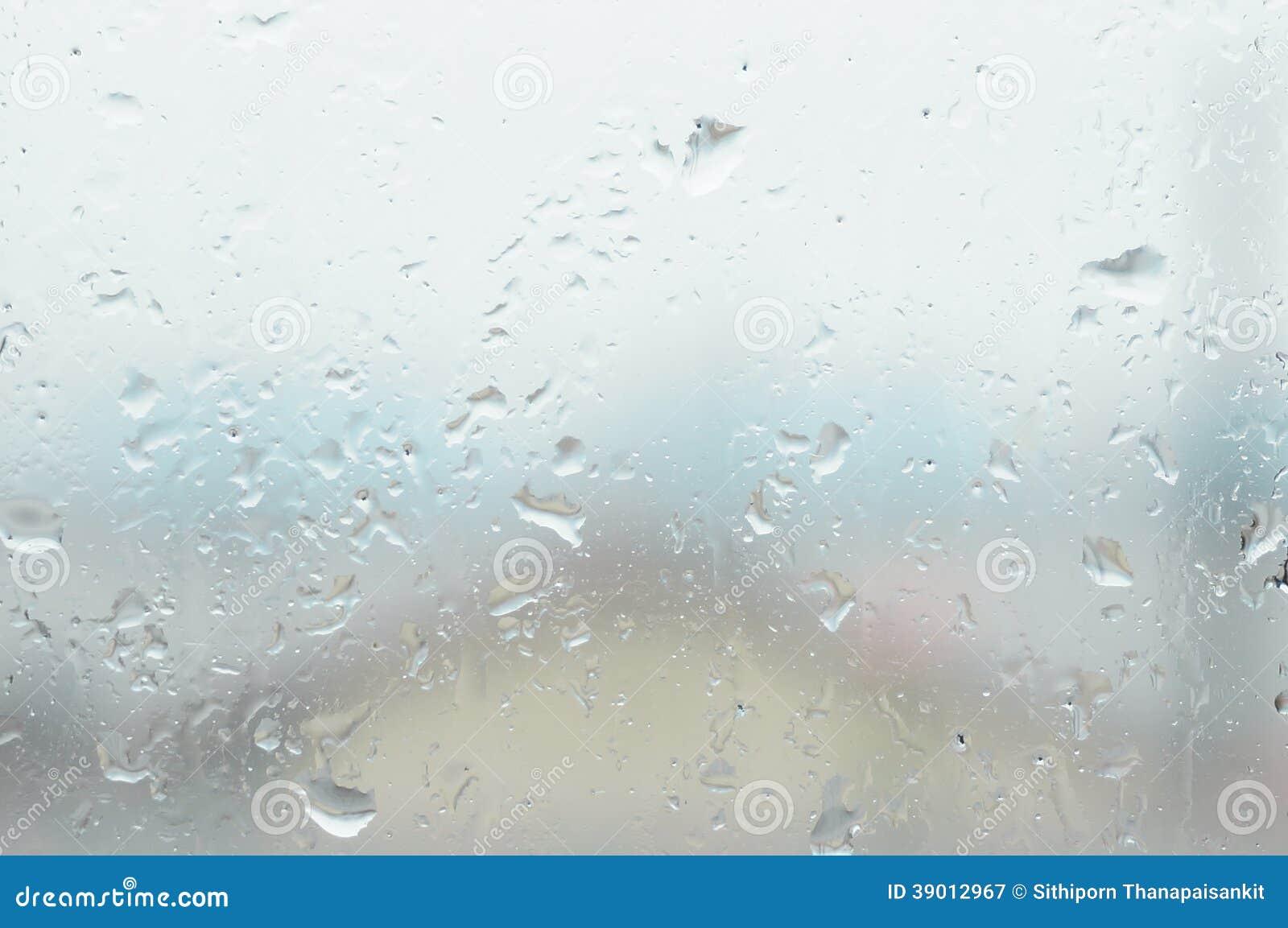 Verre de fen tre avec de la vapeur d 39 eau et la goutte de pluie photo stoc - Fenetre carreaux de verre ...