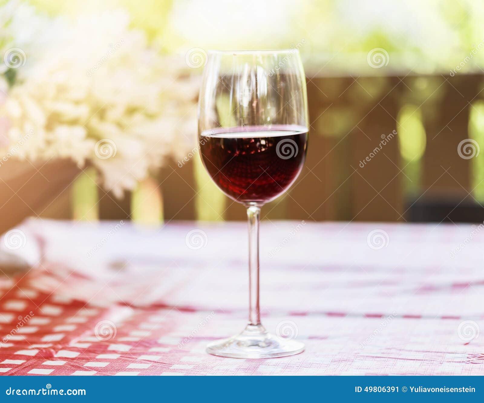 verre a vin exterieur