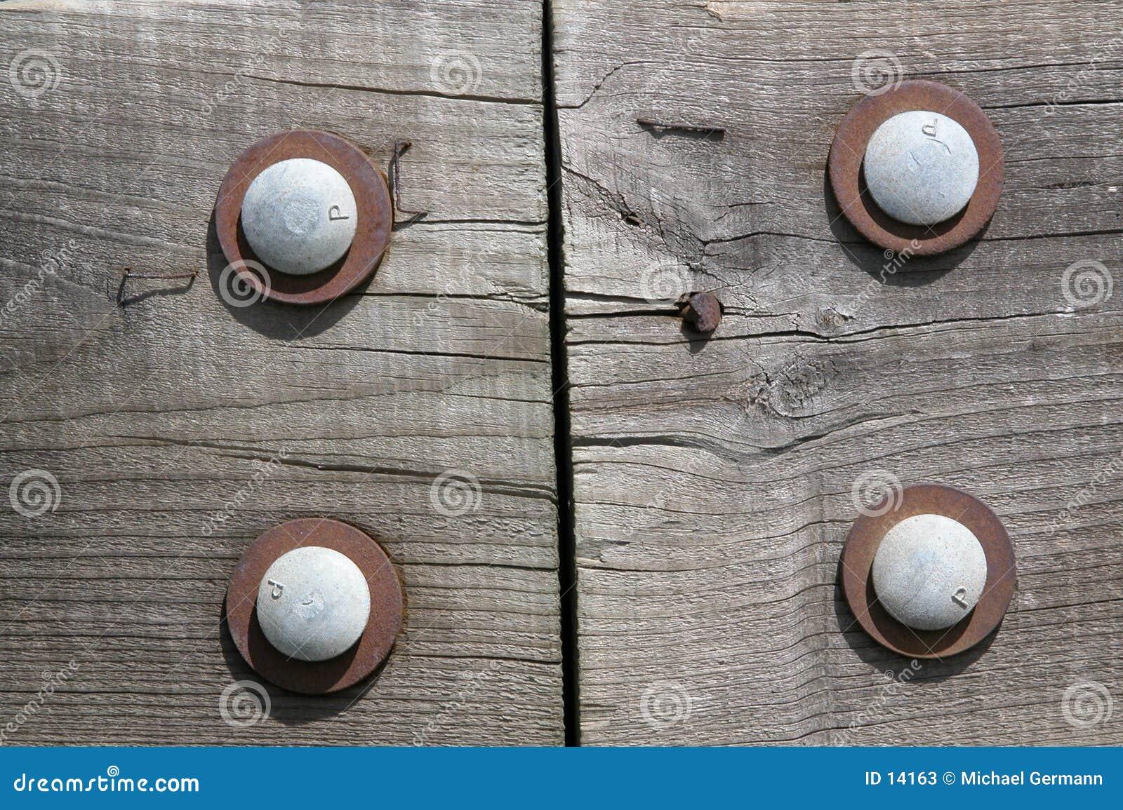 Verriegeltes Holz