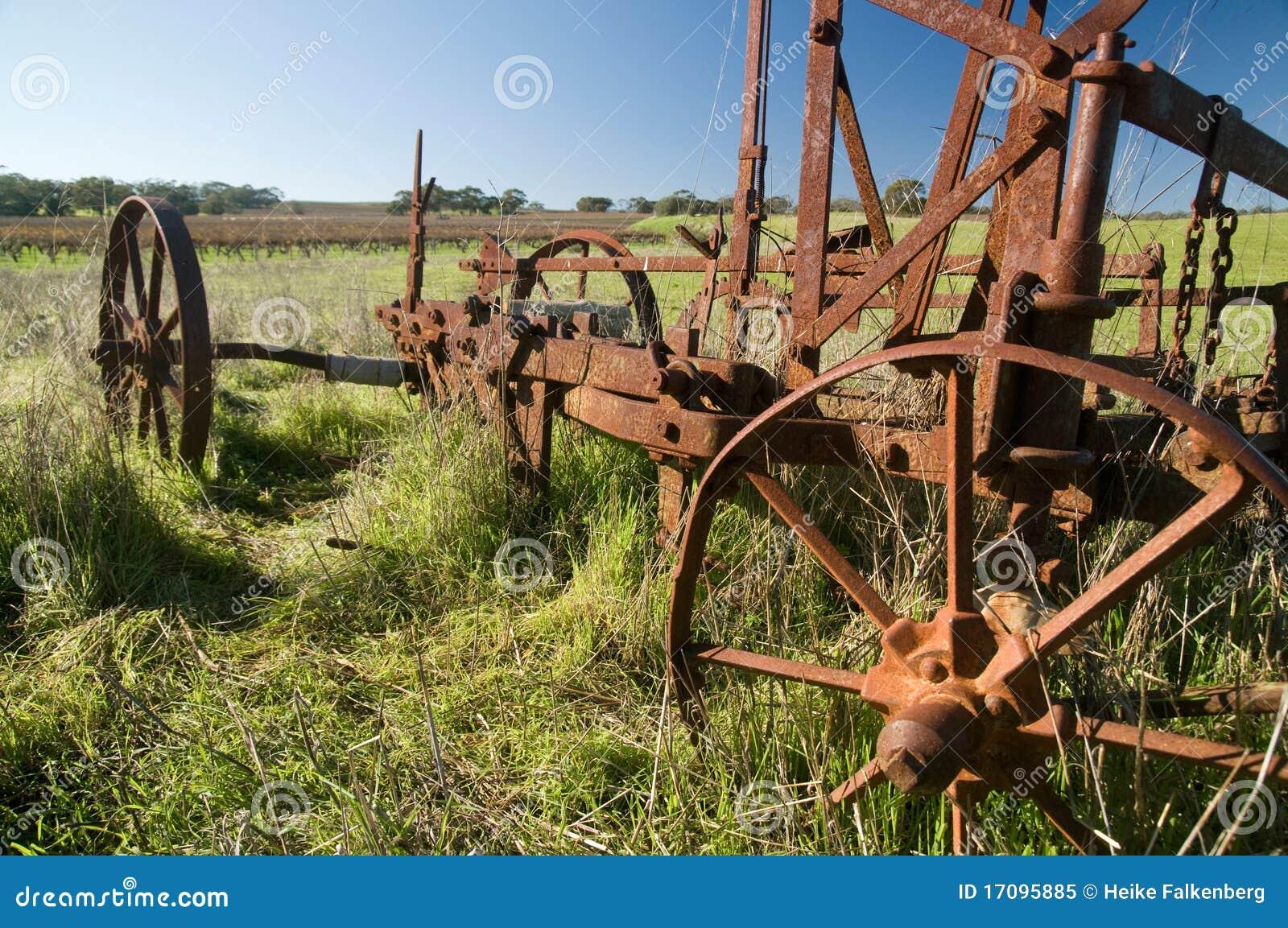 Verrostender alter Bauernhof-Pflug