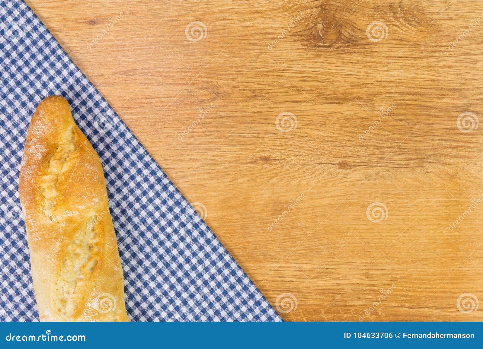Download Vers Brood Op Houten Lijstachtergrond Stock Foto - Afbeelding bestaande uit stof, cooking: 104633706